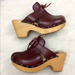 Dolce & Gabbana Burgundy Leather Wooden Clog